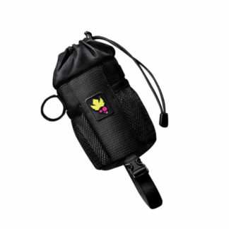 The Miss Grape Bud Mini Bar Bag is very convenient to use as a bottle cage or for the transport of those little objects useful to have at hand, such as a camera, phone or small snacks.